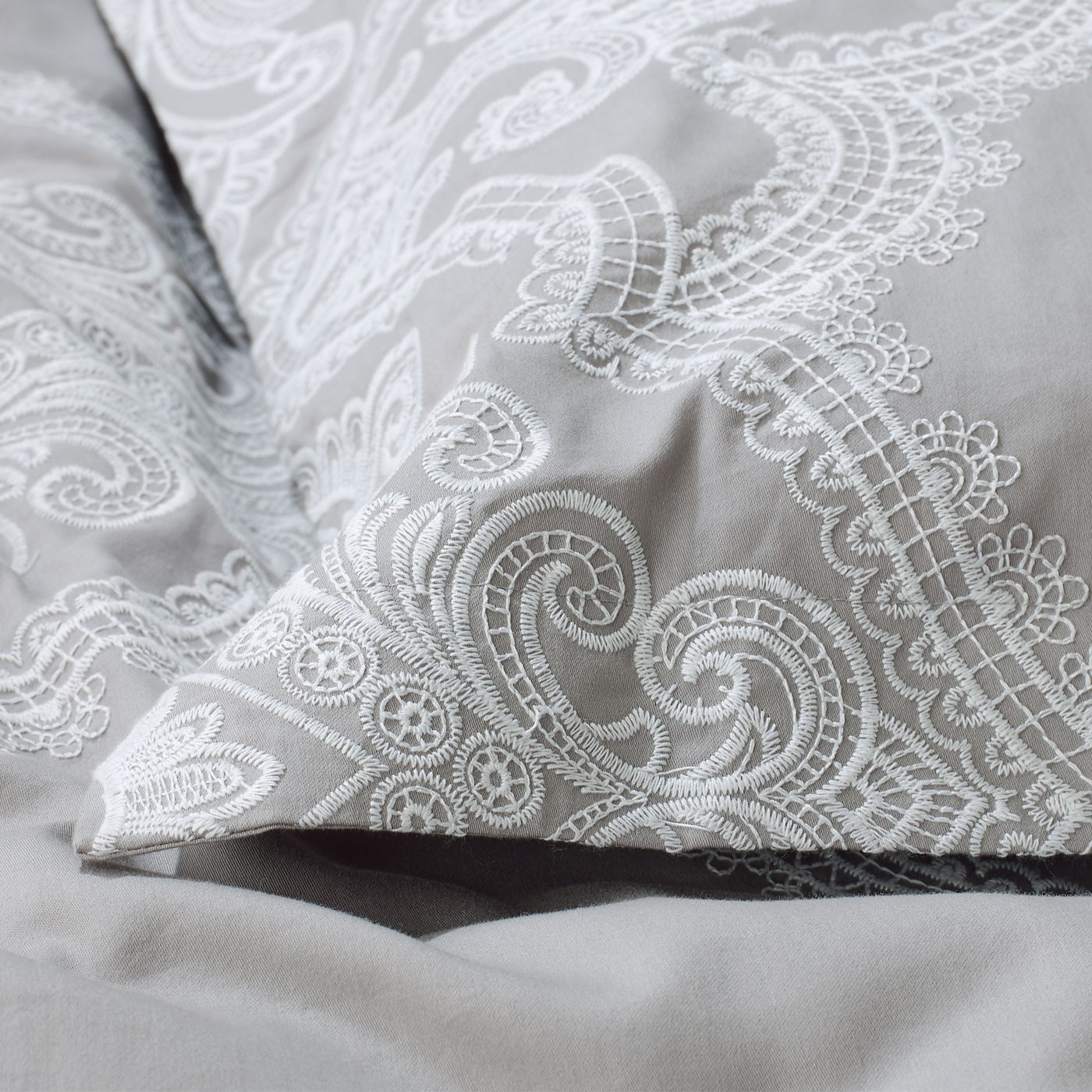 grey-embroidered-detail-housewife_1